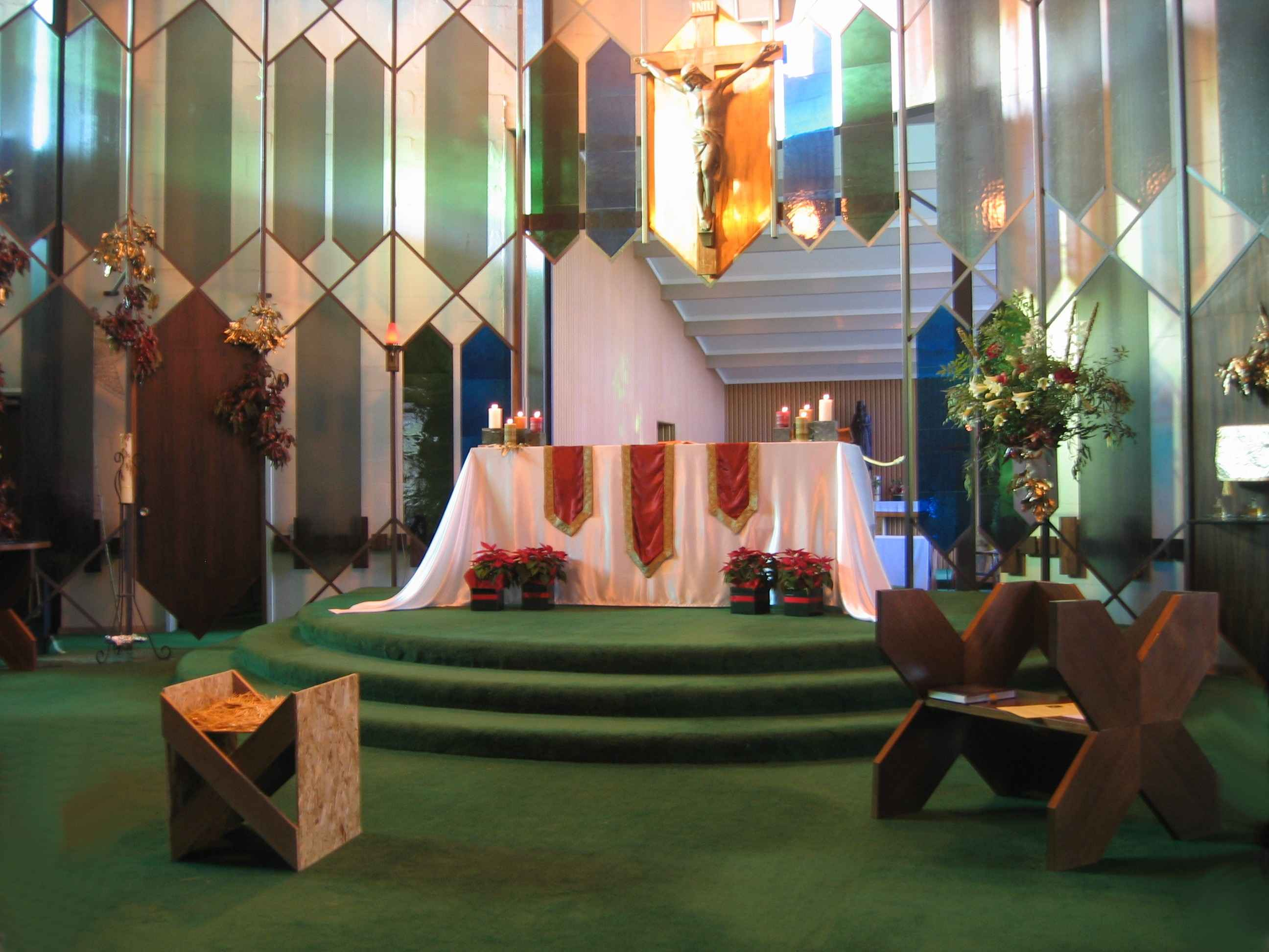 The altar for Christmas Eve Mass at MI, 2007